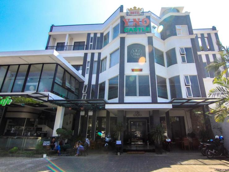 Hotel YNO Castle Malang -  Facade