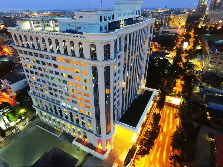 Adimulia Hotel Medan - Hotel Front - Evening/Night