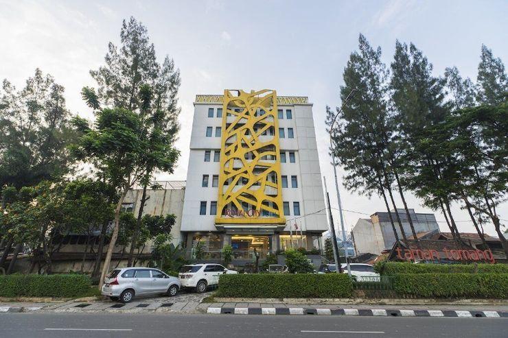 Royal City Hotel Jakarta - Front of Property