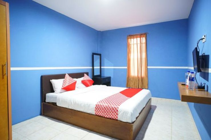 OYO 1272 Grand Garuda Guest House Balikpapan - Bedroom