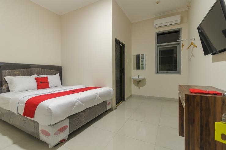 RedDoorz Plus near RS PMI Bogor Bogor - Kamar Tamu