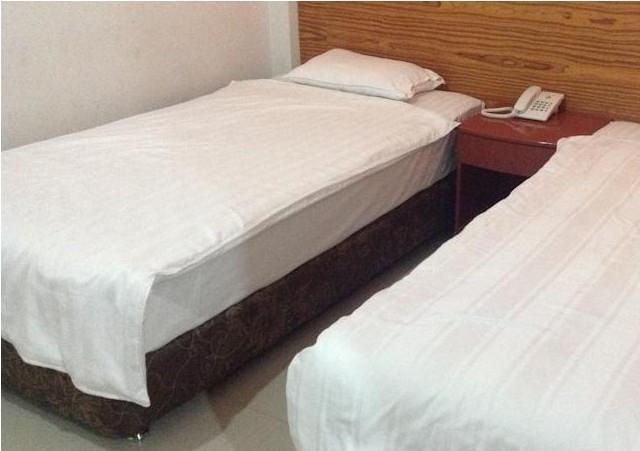 Royal Parbina Hotel Pematangsiantar - Kamar Standar