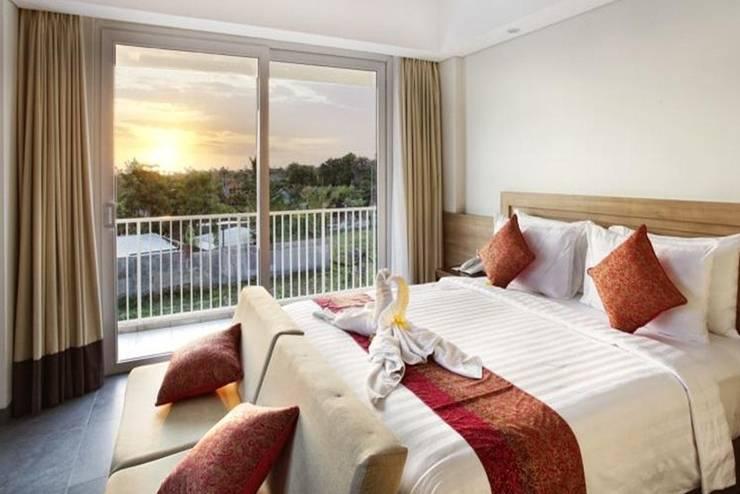 Paragon Hotel Seminyak - Suite Business Room