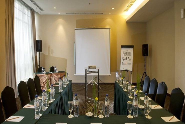 Grand Zuri  Jababeka - Ruang Rapat
