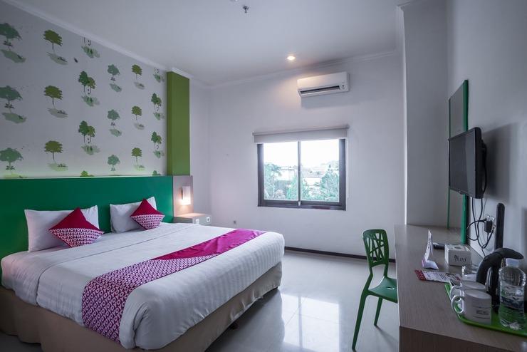 Capital O 949 Royal Park Hotel Samarinda - Bedroom