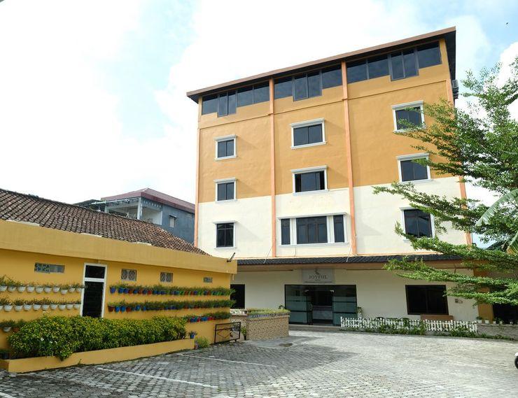 Joyful Hotel Belitung - Facade