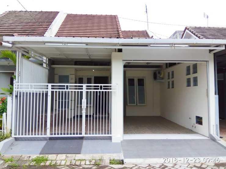 Orlando House Malang - Exterior