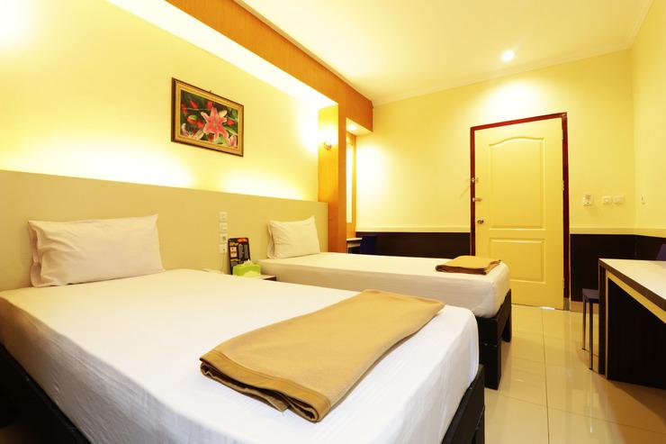 Hotel Golden Sari Makassar - SUP