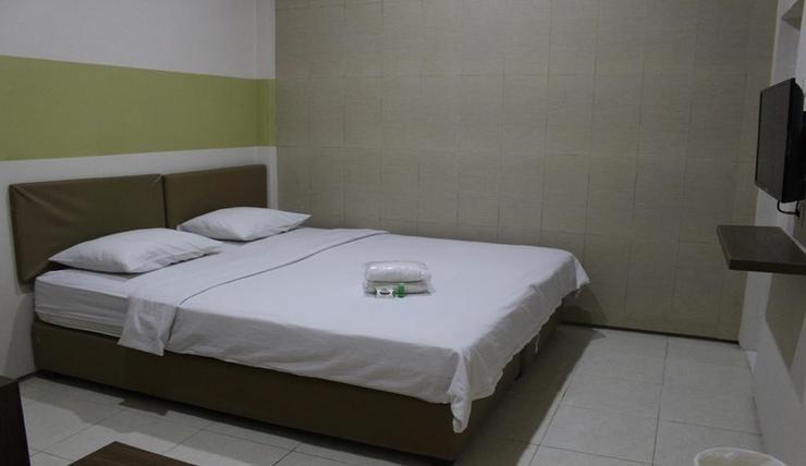 Feliz GH Surabaya - Room