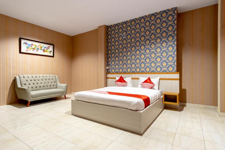 OYO 1400 Barat Residence Medan - Bedroom Su/D