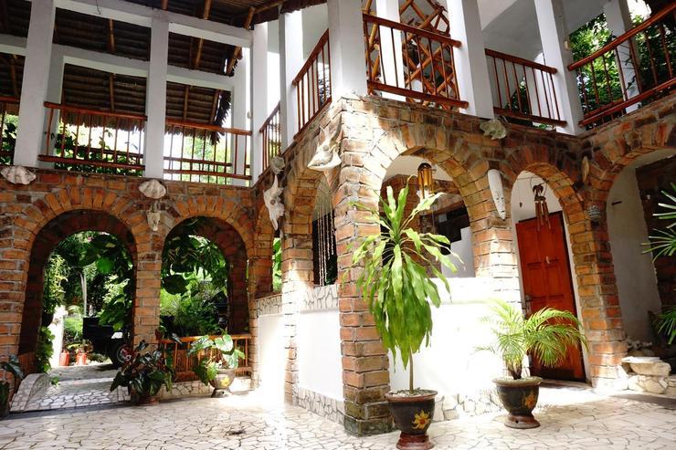 Mangga Lodge Bulukumba - Exterior