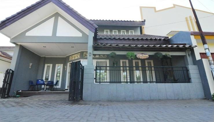 D'Java Homestay Unit Ambarrukmo 2 by The Grand Java Yogyakarta - exterior