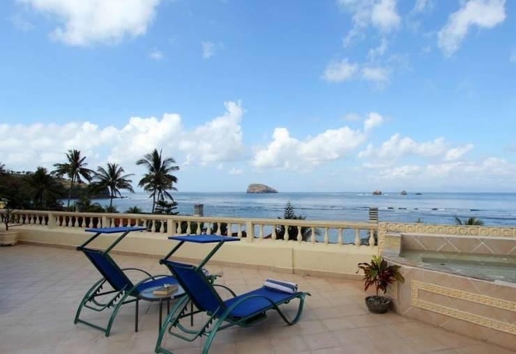Bali Seascape Beach Club Candidasa - Pemandangan Pantai