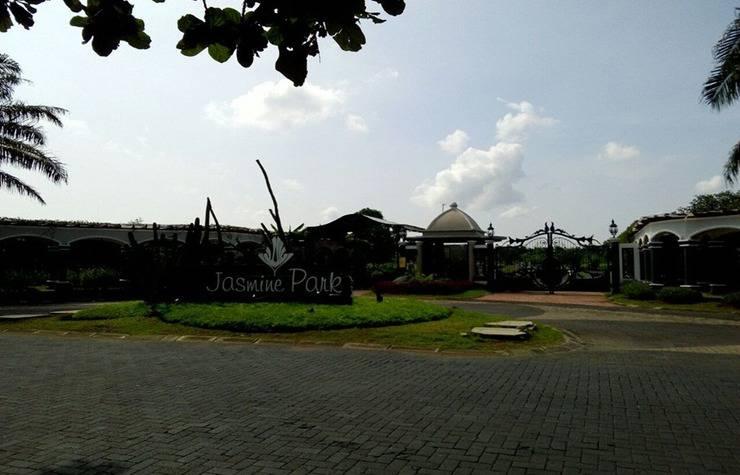 Jasmine Park Guest House Semarang - Eksterior