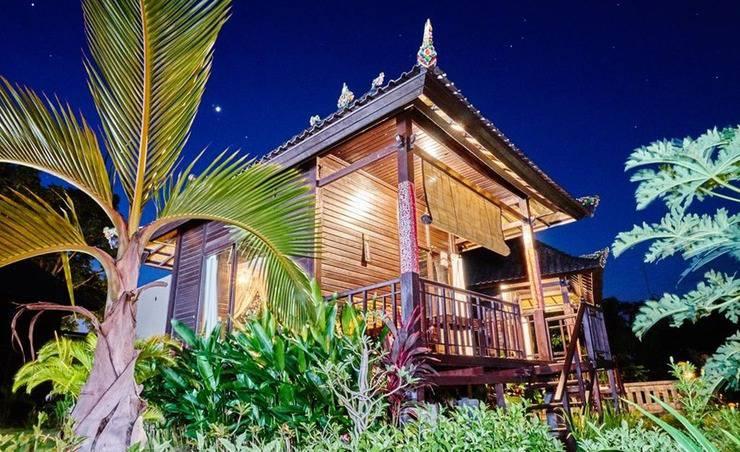 Sunrise Hut's Lembongan Bali -