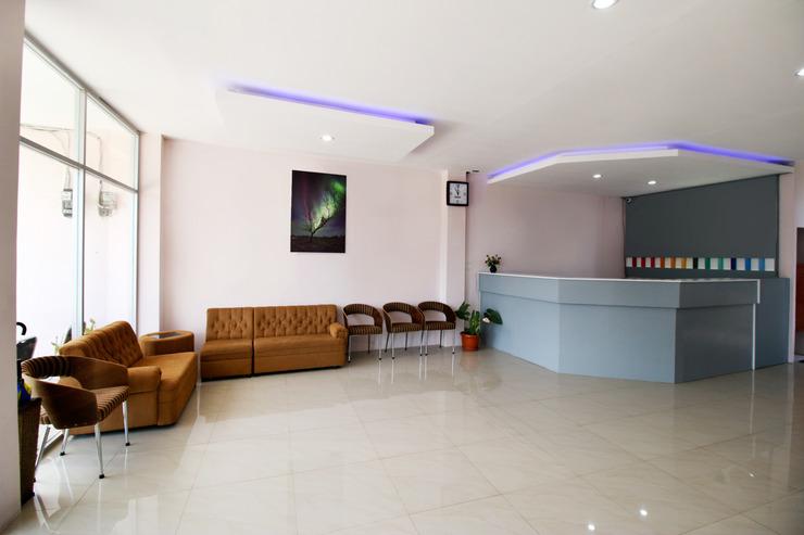 Sky Hotel Aurora 1 Lembang Bandung - Lobby