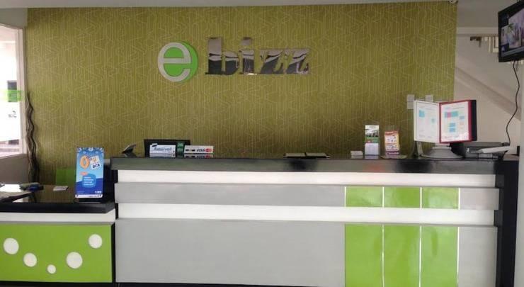 eBizz Hotel Jember - Resepsionis