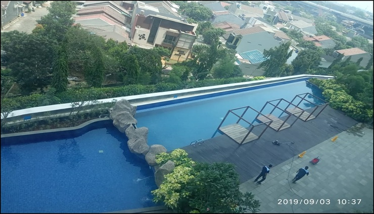 Grand Kamala Lagoon By Eha Room Bekasi - pool