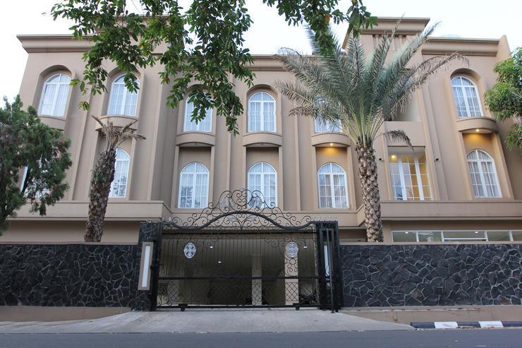 Mbc Residence Jakarta - FACADE