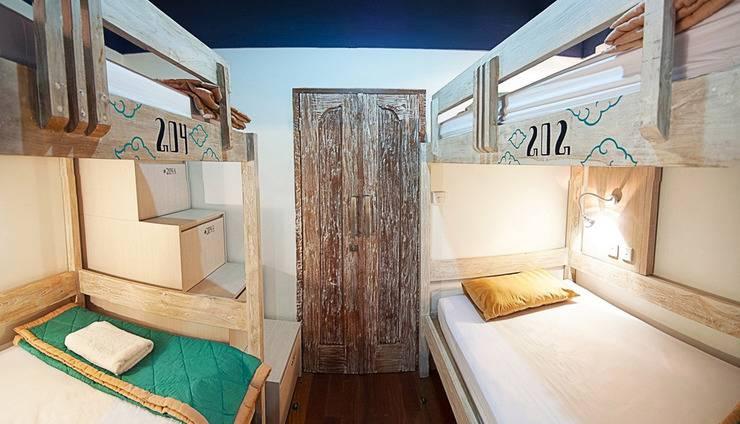 Nau Here Hostel Bali - 4 tempat tidur di asrama campuran