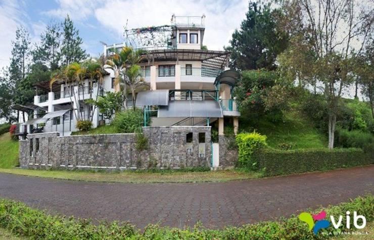 Villa GH 2 Istana Bunga Lembang Bandung - Eksterior