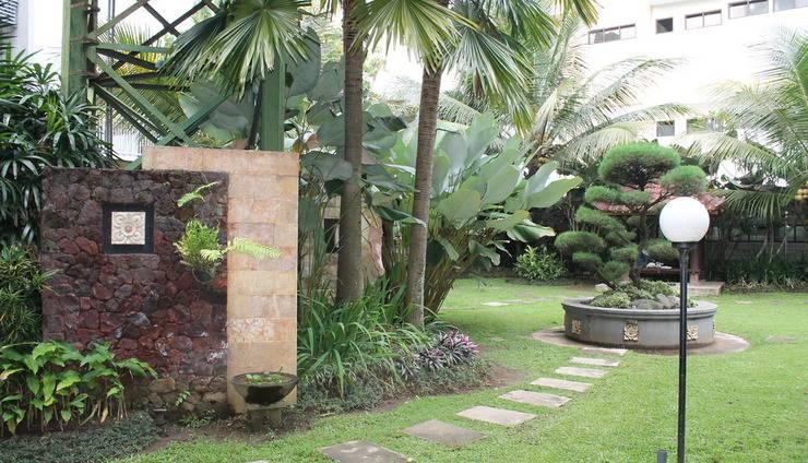 Griya Brawijaya Malang Malang - Garden