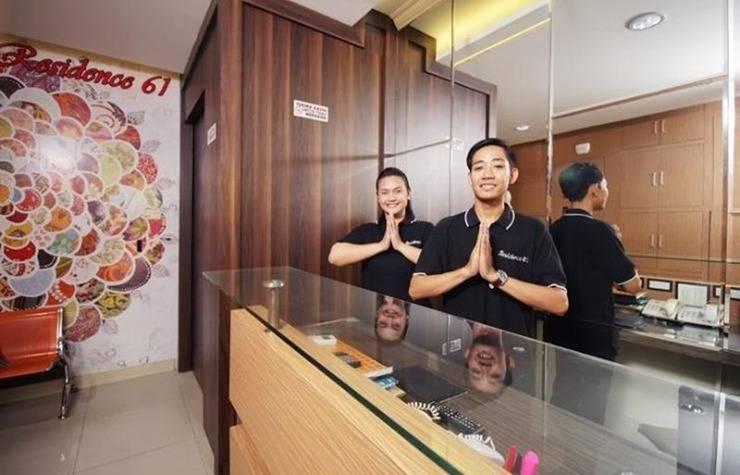 Residence 61 Jakarta - Resepsionis
