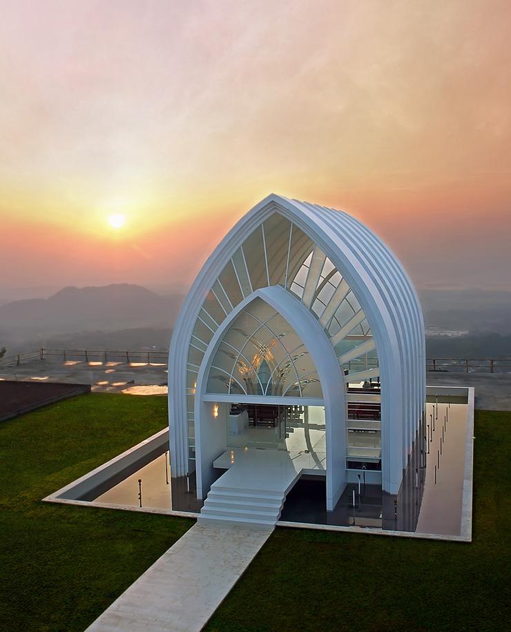 Susan Spa & Resort Semarang - La Kana Chapel