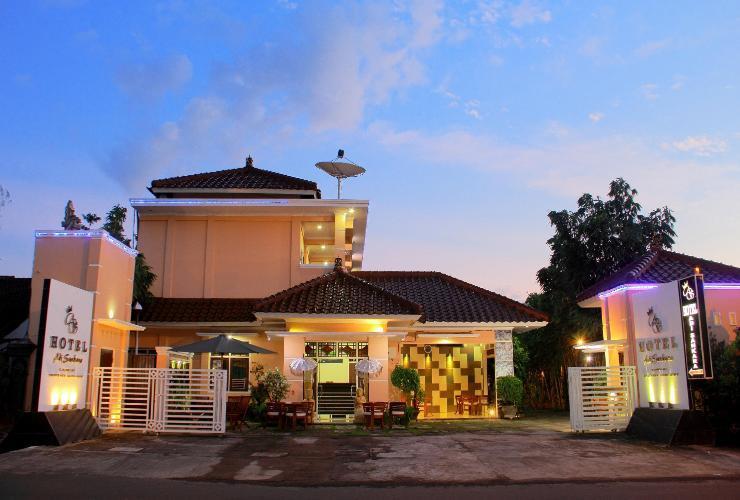 Hotel Adi Sankara Lombok - Exterior