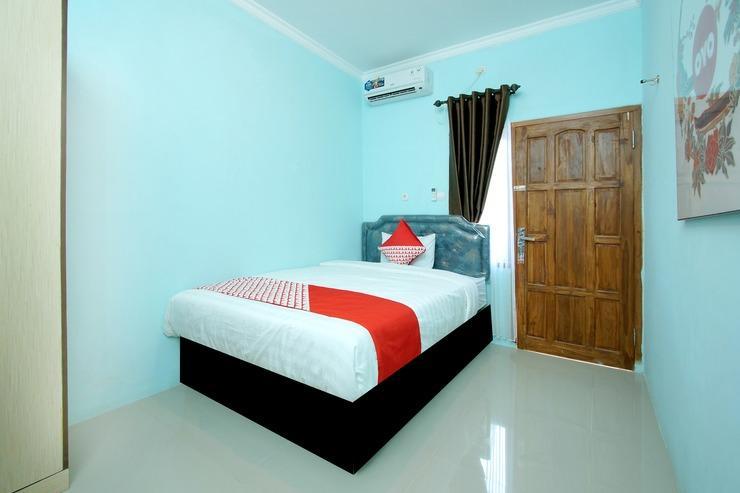 OYO 347 Bayang Brothers Guest House Yogyakarta - Bedroom