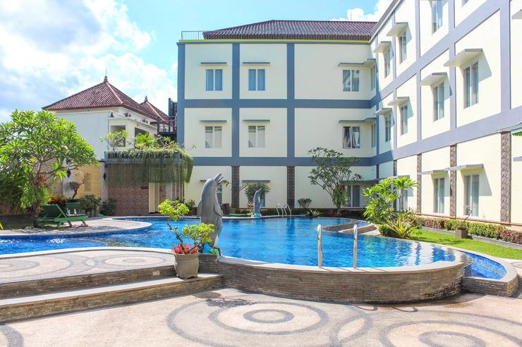 Airy Mataram Cakranegara Sriwijaya 132 Lombok - Pool