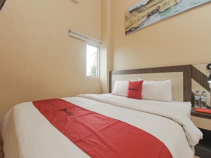 RedDoorz Plus near Bundaran Besar Palangkaraya Palangka Raya - Guestroom