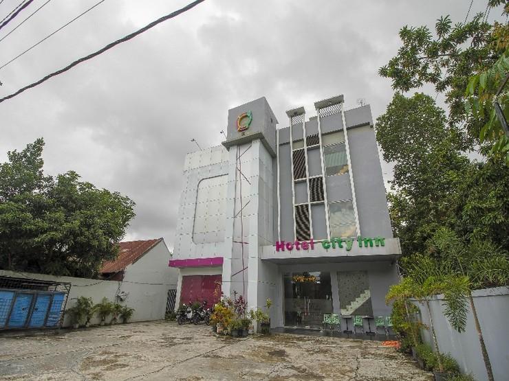 RedDoorz Plus near Bundaran Besar Palangkaraya Palangka Raya - Exterior