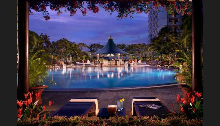 Fairmont Singapore - Featured Image