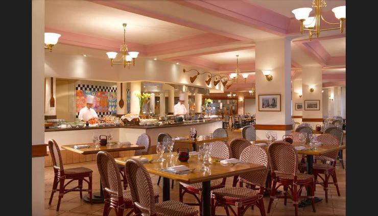Fairmont Singapore - Cafe