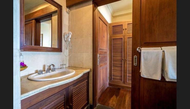 Lakeview Eco Lodge Bali - Bathroom