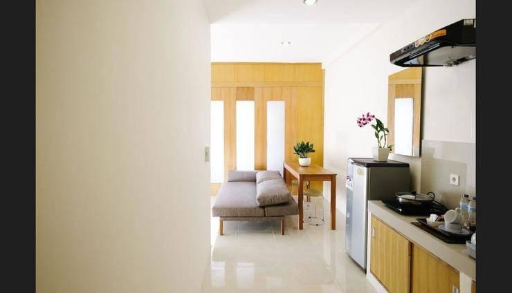 Bali True Living Apartment Bali - In-Room Kitchen