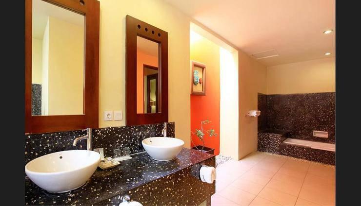 The Mutiara Jimbaran Boutique Villas Bali - Bathroom