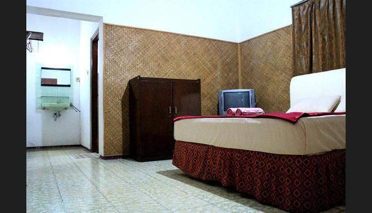 Hotel Makuta Jogja - Featured Image