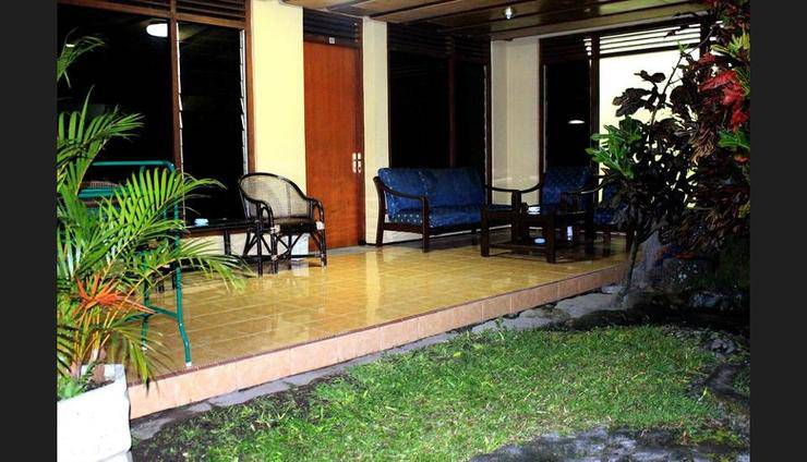 Hotel Makuta Jogja - Garden