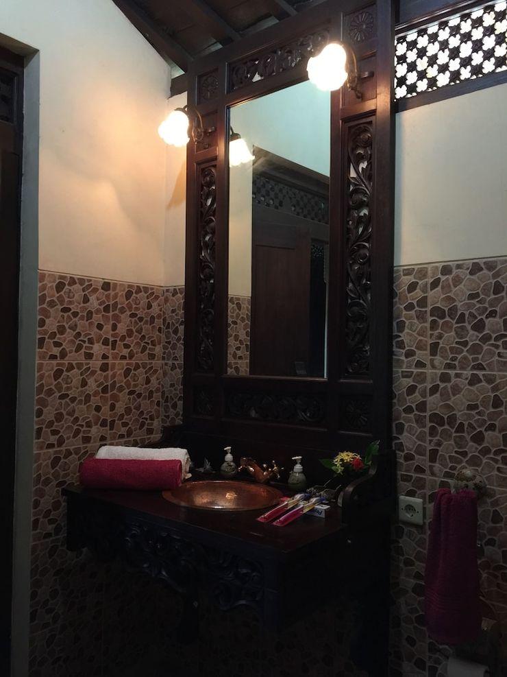 Joglo Java Semarang - Bathroom Sink