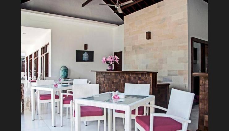Lombok Senggigi Hotel - Reception