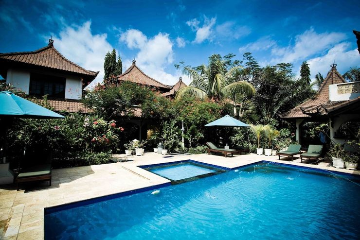 Martas Hotel Gili Trawangan Lombok - Featured Image