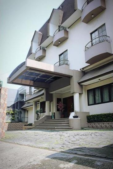 Chandra Residence Jakarta - Featured Image