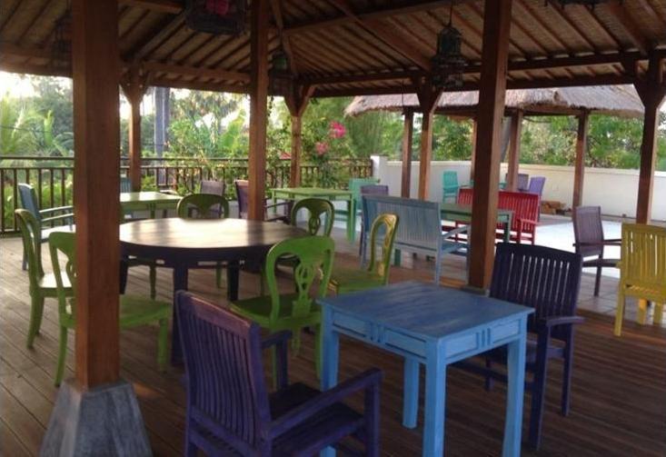 Arjuna Homestay Bali - Dining