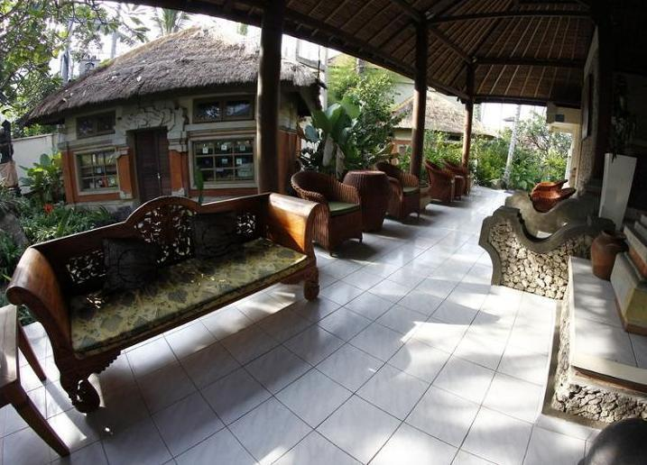 Bayside Bungalows Bali - Lobby Sitting Area