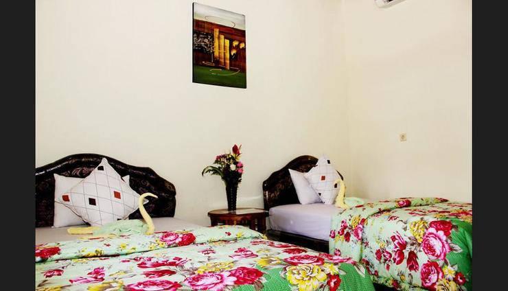 Harga Hotel Warung Coco Hostel (Bali)