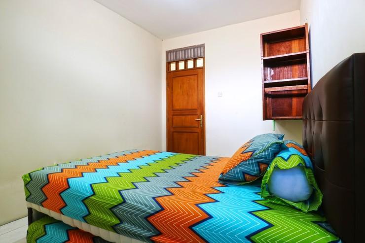Premium Senen Guest House Jakarta - Double