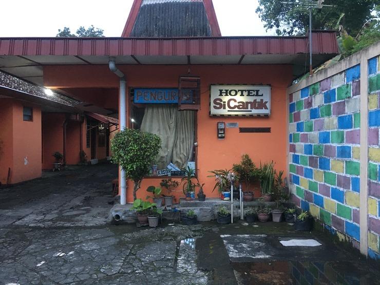 Hotel SiCantik Yogyakarta - Exterior
