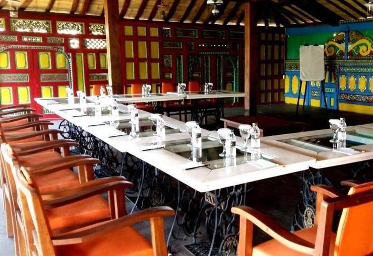 Dulang Resort and Resto Bandung - Meeting Room